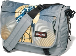 Eastpak Τσάντα Ωμου Delegate Radio Tower S076-970